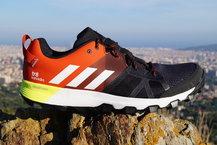Frontal de Calzado: Adidas - Kanadia TR 8