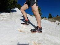 Altra Lone Peak 3.0 Mid Neoshell: los pies se mueven en el interior de las Altra Lone Peak 3.0 Mid Neoshell en pendientes laterales