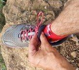 Altra Lone Peak 3.0: Altra Lone Peak 3.0 - lengueta atada