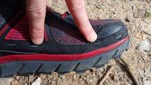 Altra Lone Peak 3.5: Altra Lone Peak 3.5: Tienen detalles a tener en cuenta. (Agujeros evacuación de agua)