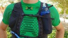 Arc'teryx Norvan 7 Hydration Vest: Un soft flask de 500ml en la Arc'teryx Norvan 7