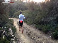 Asics FujiTrail Knee: Asics Fujitrail Knee: Corriendo con el cortavientos