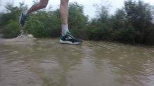 Brooks Cascadia 14: Brooks Cascadia 14: Han respondido muy bien en superficies mojadas.