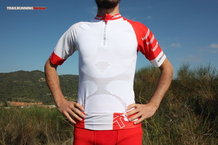 Frontal de Camisetas: Compressport - Trail Running Shirt V2