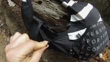 Compressport UltRun S Pack: Compressport UltRun S Pack  vista del bolsillo lateral
