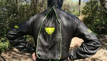 Dynafit Ultra Evo GTX Shakedry Jacket: Ultra Evo GTX Shakedry Jacket: Sistema ZipOver abierto