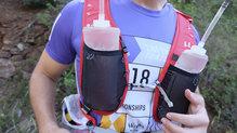 Ferrino Desert Kat: El bolsillo es un poco pequeño y hay que llevar el softflask un poco vacio para evitar rebote