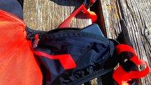 Ferrino Dry Run 12: Los bolsillos laterales de la Ferrino Dry Run 12, también impermeables.