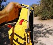 Grivel Mountain Runner Light - No hay agujero para la mangera de la bolsa de hidratación