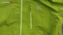 Haglöfs Gram Comp Jacket: Cremalleras termoselladas de gran calidad.