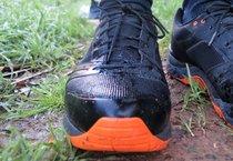Haglöfs Gram Gravel GT: Las zapatillas Haglöfs Gram Gravel GT poseen una lengüeta verdaderamente fina pero a su vez muy resistente.