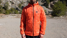 Frontal de Chaquetas térmicas: Helly Hansen - Lifaloft Hooded Insulator Jacket