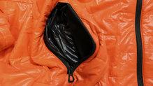 Helly Hansen Lifaloft Hooded Insulator Jacket: Los bolsillos exteriores son amplios y se accede con facilidad a ellos