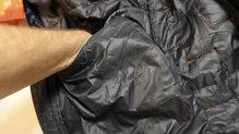 Helly Hansen Lifaloft Hooded Insulator Jacket: Los bolsillos interiores son una gran idea