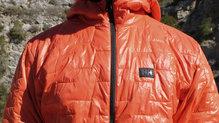 Helly Hansen Lifaloft Hooded Insulator Jacket: La chaqueta intacta en la parte delantera también