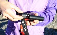 Ledlenser H8R: La zona gris es el pequeño punto rojo que se ilumina cuando se enciende el Led Lenser H8R