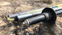 Leki Micro Trail TA Shark: Detalle de la punta y el florin de los bastones Leki Micro Trail TA Shark
