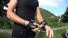 Leki Micro Trail: Leki Micro Trail han sido pensados para usar las dragoneras durante todo el entreno.