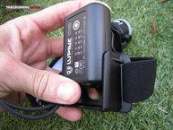 Lupine Neo X2 SC: Batería fácil de poner, queda bien sujeta