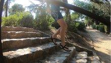 Minimal Sandals New Crep: Minimal Sandals New Crep mostrando su buena flexibilidad