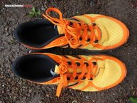 New Balance Vazee Summit: New Balance Vazee Summit detalle deformacion upper
