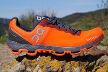 Frontal de Calzado: On Running - Cloudventure Peak