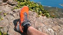 On Running Cloudventure Peak: ON RUNNING CLOUDVENTURE PEAK: sujeción homogénea con un cordaje elástico, quizás demasiado largos?