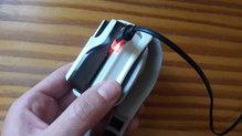 Petzl SWIFT RL: Petzl SWIFT RL vista inferior donde está el conector de la luz.
