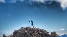 RaidLight Activ 12L Vest: RaidLight Activ 12L Vest, para largas salidas por montaña.