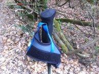 RaidLight Compact Carbon Ultra: La cinta azul no regulable de la dragonera de los Raidlight Compact Carbon Ultra.