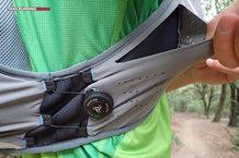 RaidLight Gilet Responsiv 8 L: Bolsillos laterales + FreeLock