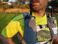 RaidLight Responsiv 15L: bolsillos frontales para hidratación