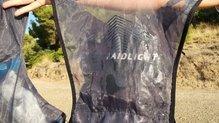 RaidLight Revolutiv 12L: Algunos termosellados saltados en la RaidLight Revolutiv 12L