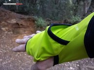 RaidLight Wintertrail ML: Detalle del segundo repliegue que se convertirá en la manopla