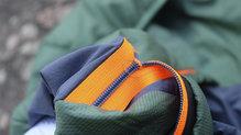Salewa Pedroc Hybrid Alpine Wool Hood Jacket: Las cremalleras se encuentran bien reforzadas
