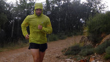 Salomon Bonatti Race WP Jacket: En días de lluvia es donde le vamos a sacar más rendimiento