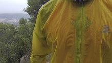 Salomon Bonatti Race WP Jacket: El tejido de la La Salomon Bonatti Race WP JKT M  sigue como el primer día