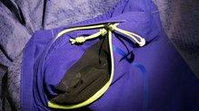 Salomon Bonatti WP Jacket W: Salomon Bonatti WP: doble cremallera en el bolsillo para autoplegar la chaqueta