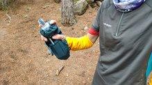 Salomon Pulse Handheld: Salomon Pulse HandHeld: diseño único para llevarlo en cualquiera de las manos, derecha o izquierda