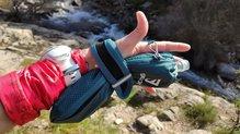 Salomon Pulse Handheld: Salomon Pulse HandHeld: sistema 'mochila' en la que meter un bidón y colgar de la mano