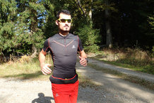 Salomon S-Lab Exo Zip Tee: Buen ajuste de la Salomon S-Lab Exo Zip Tee.
