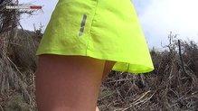 Salomon S-Lab Sense Skort: La falda Salomon S-Lab Sense Skort    también dispone de un reflectante en su parte posterior.