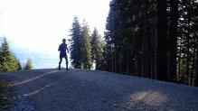 Salomon S-Lab Short 4: Salomon S-Lab Short 4: aunque empieza a refrescar el Alpine Trail Test Center es siempre un buen lugar para probar los productos
