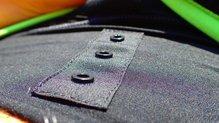Salomon S-Lab Support Half Tight: Salomon S-Lab Support Half Tight: Sistema para adaptar el pantalón superior de Salomon. Presente delante y detrás.