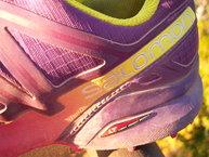 Salomon SpeedCross 4 W: Detalle de las costuras posteriores de las Salomon Speedcross 4 W.