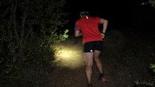Silva Cross Trail 3: En senderos estrechos la iluminación es muy buena