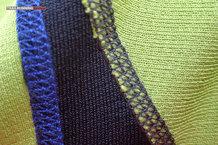 Ternua Conwy: Detalle costuras y material resistente a la abrasion bajo las axilas