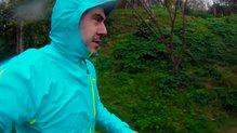 Uglow Rain Jacket limited edition: Uglow Rain Jacket limited edition, bajo la lluvia.