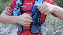 Ultimate Direction Adventure Vest 4.0: El otro bolsillo no es específico para softflask pero también se puede cargar
