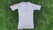 X-Bionic Effektor 4.0 Run Shirt: X-Bionic Effektor 4.0 Run Shirt del reverso.